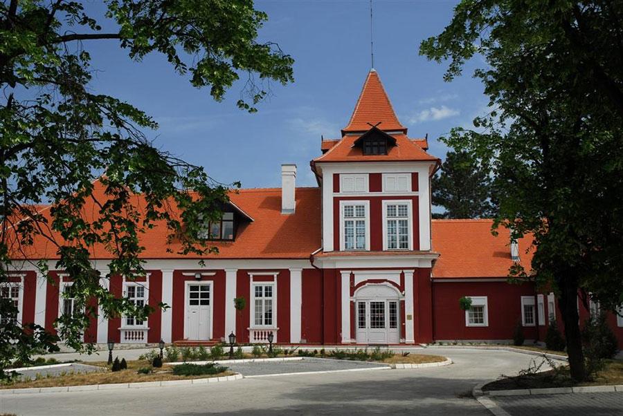 """Lovački dvorac """"Kaštel"""" Ečka"""